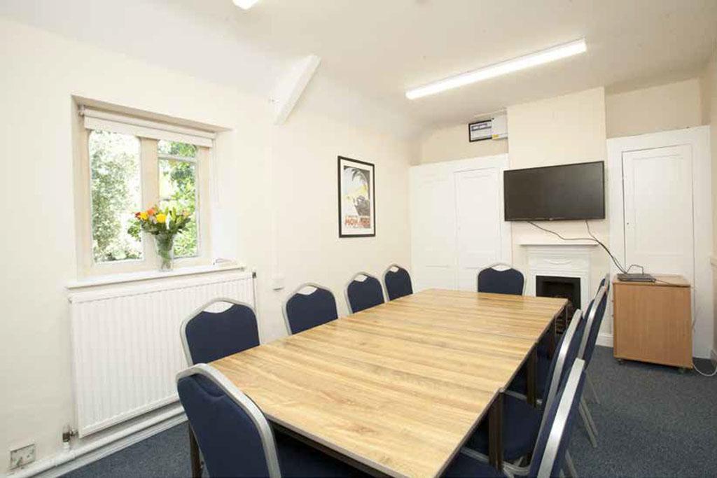 Stoke-Lodge-Venue-Hire-Room-8-1024