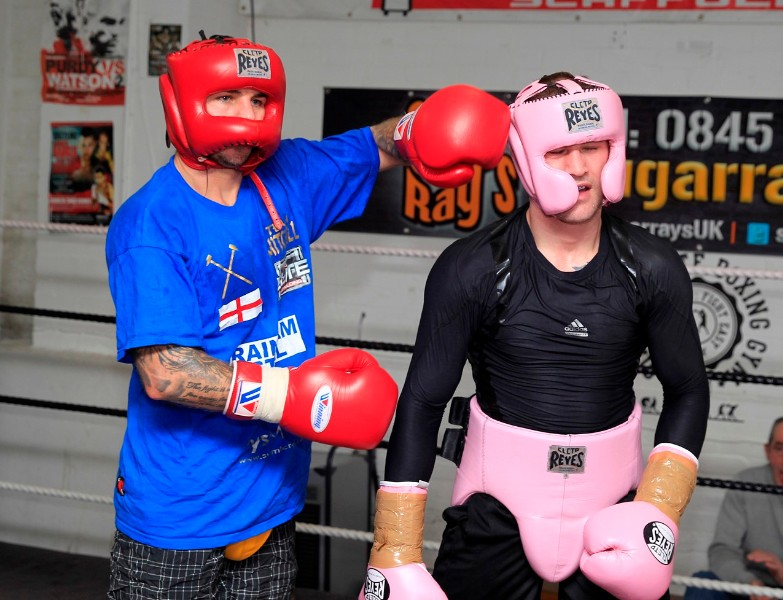 THE ONLY WAY IS ESSEX FOR RICKY!PIC;LAWRENCE LUSTIGWBO WORLD LIGHTWEIGHT CHAMPION HAS BEEN TRAINING AND SPARRING  AT TONY SIMS GYM IN ESSEX AND SPARRINGWITH FORMER WORLD TITLE FOE KEVIN MITCHELL BEFORE RETURNING TO HIS NATIVE GLASGOW TO FINISH HIS PREPERATIONS TO FACE  TERENCE CRAWFORD AT THE SECC ON SATURDAY(MARCH1)