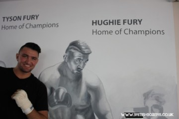 hughie-fury-with portrait