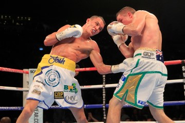 MARCHING ON TOGETHER PROMOTION FIRST DIRECT ARENA,LEEDS PICS LAWRENCE LUSTIG COMMONWEALTH & WBC INTERNATIONAL FEATHERWEIGHT CHAMPIONSHIP @ 9ST JOSH WARRINGTON V JOEL BUNKER