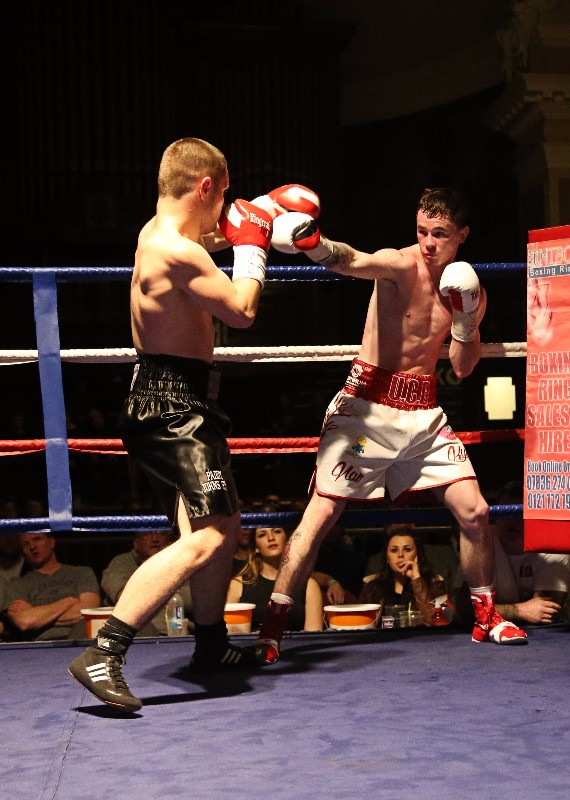Joe Hughes v Anthony Upton boxing