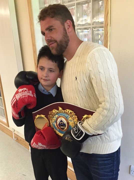 billy joe saunders visits young fan at school after letter