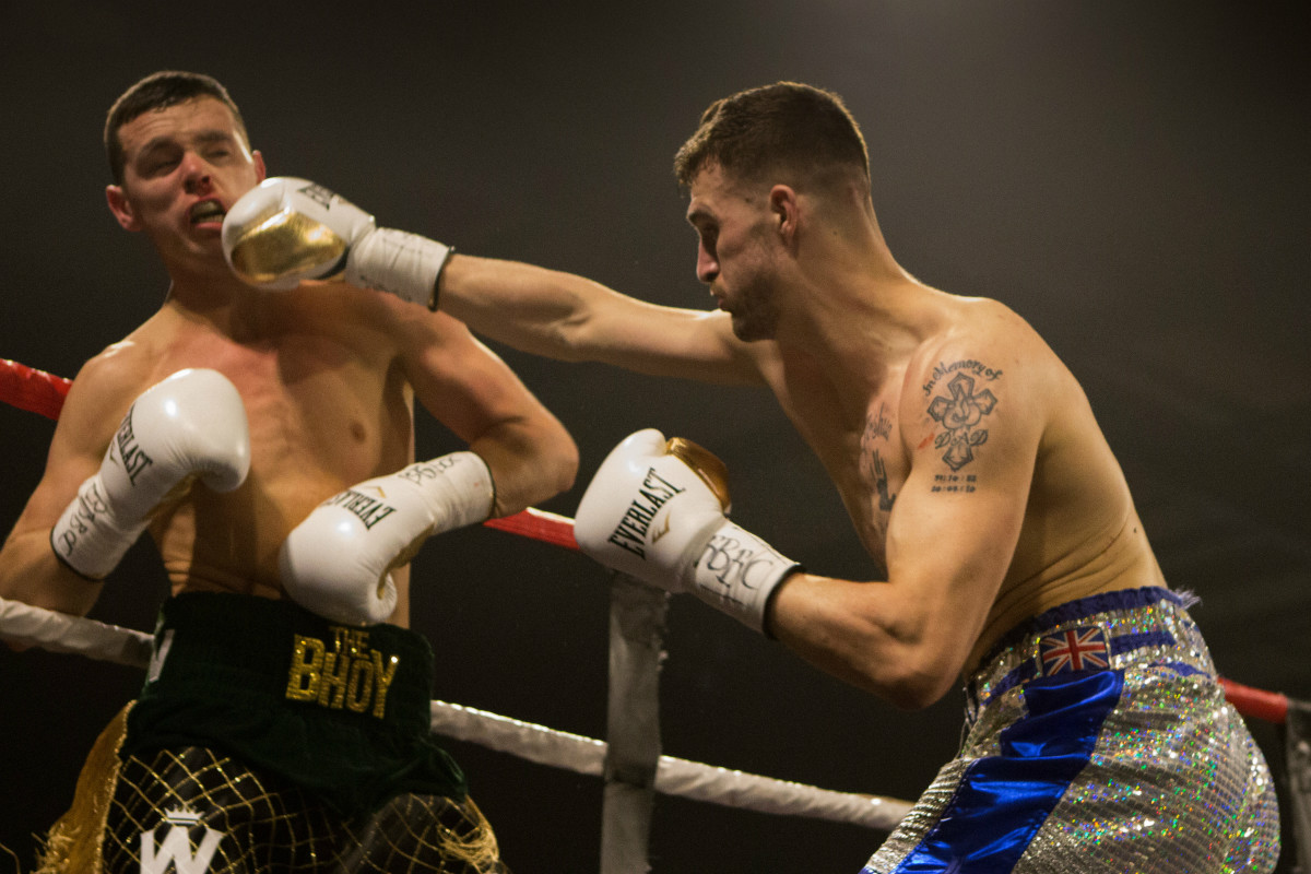 Matty Ryan crowned English Champion on a busy fight weekend in Manchester