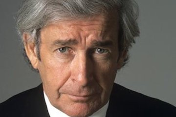dave allen makes a welcome return to tv screens in 19993 with the dave allen show