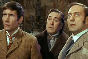 Harry H. Corbett makes a one of appearence in the carry on films in carry on screaming