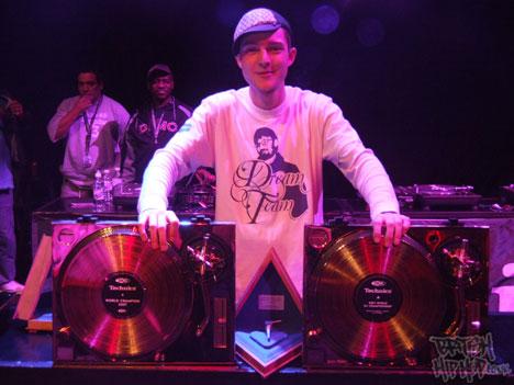 DJ Rafik and the awesome Gold Technics