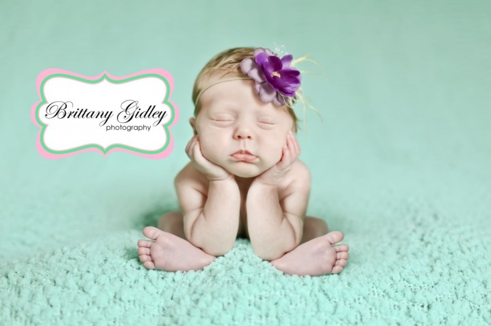 Cleveland Ohio Newborn Photographer | Head In Hands Baby| Brittany Gidley Photography LLC