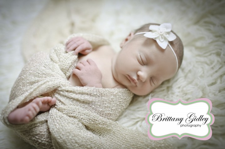 Newborn Wrapping | Brittany Gidley Photography LLC