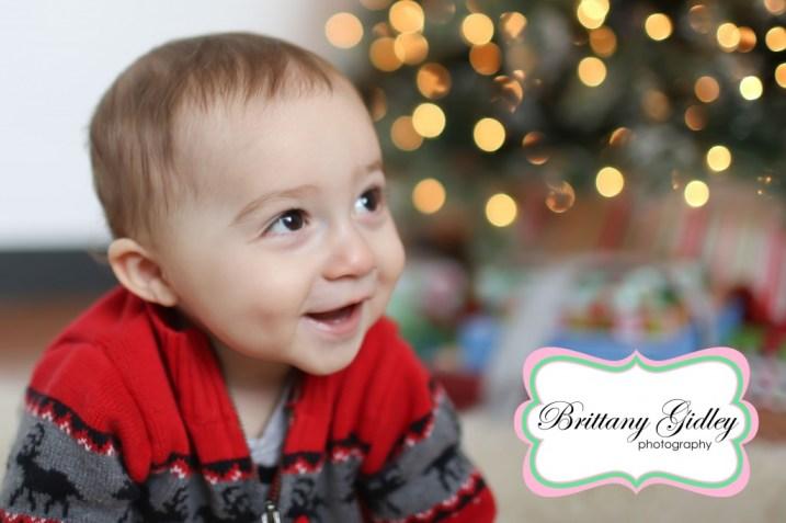 Christmas Tree Bokah | Holiday Mini Sessions Cleveland Ohio Photography