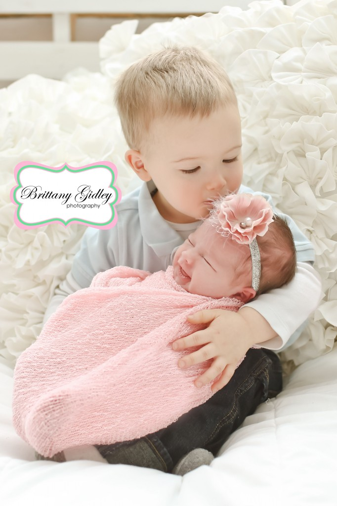 Brother and Baby Sister | Brittany Gidley Photography LLC