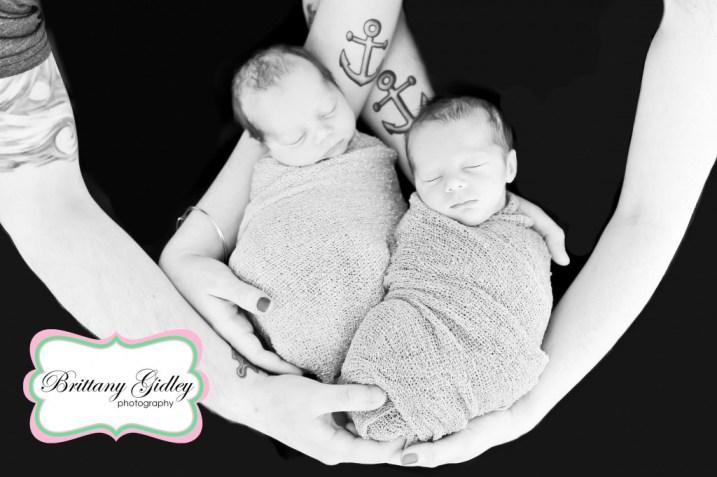 Twin Newborns | Cleveland Photographer | Brittany Gidley Photography LLC