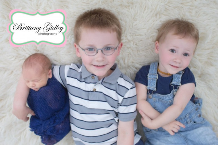 Siblings | Big Brother | Big Sister | Little Brother | Sibling Pose | Brittany Gidley Photography LLC