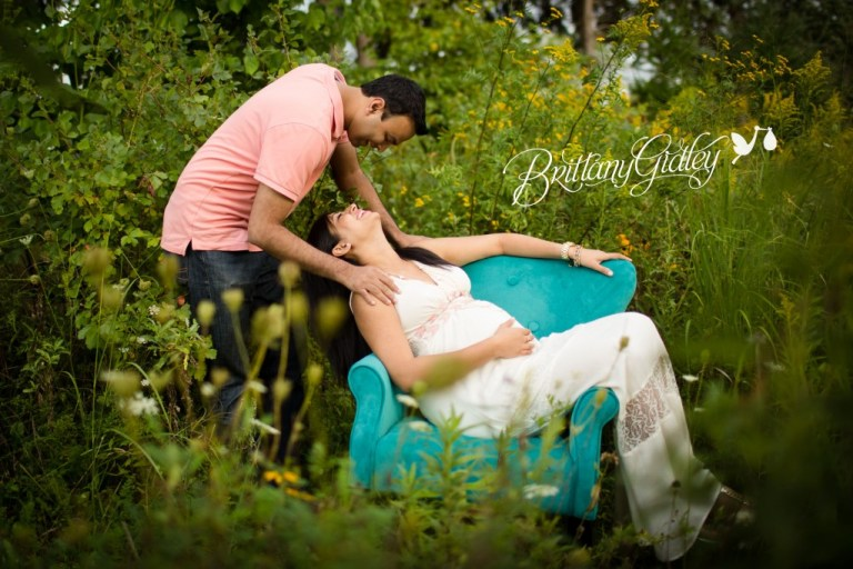 Maternity Pictures | Akron | Cleveland | Pregnancy | Love | Baby Bump | Start With The Best | Brittany Gidley Photography LLC