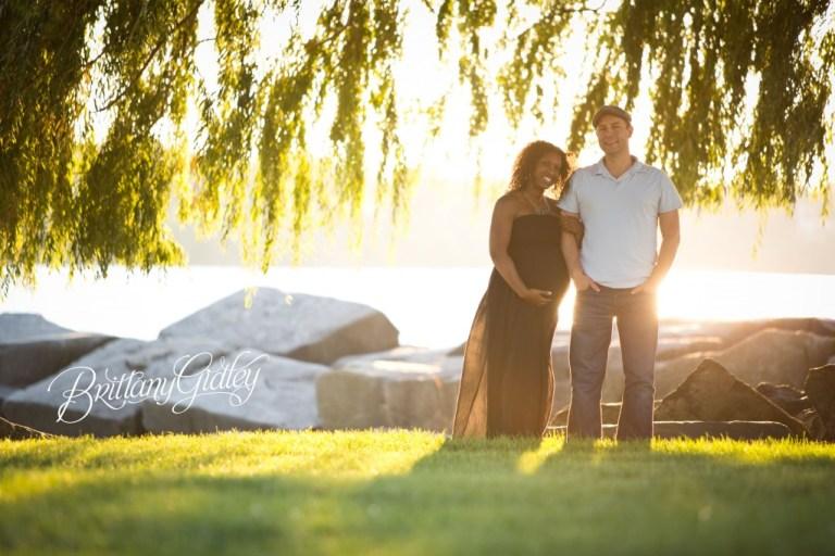 Beach | Pregnancy | Cleveland Ohio | Edgewater Beach | Sunset | Expecting Mother