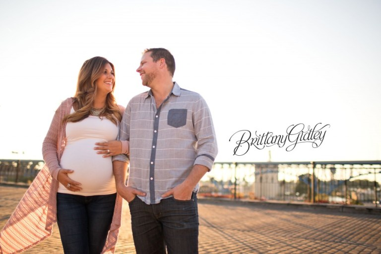 Golden Hour Maternity | Viaduct Bridge | Cleveland OH | Urban Maternity Session | Brittany Gidley Photography LLC | Maternity Posing Inspiration