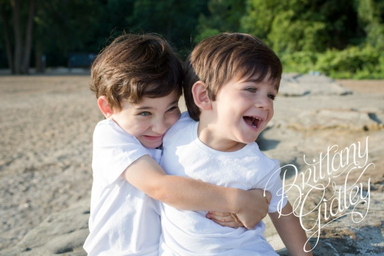 Family Beach Session | Huntington Beach | Cleveland Ohio | Family | Brothers