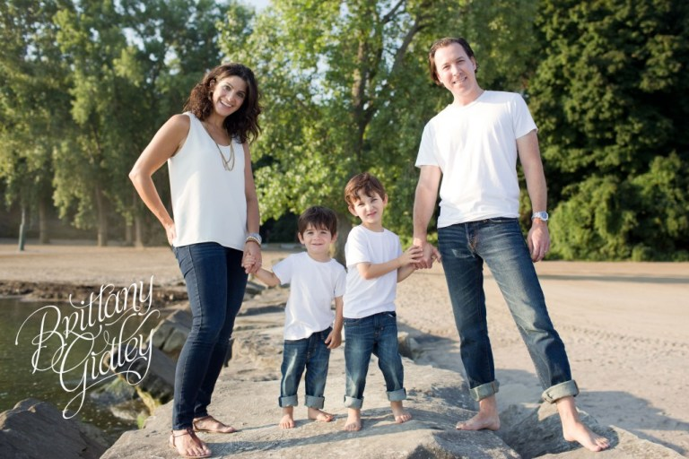 Family Beach Session | Huntington Beach | Cleveland Ohio | Family | Neutrals | White and Jeans