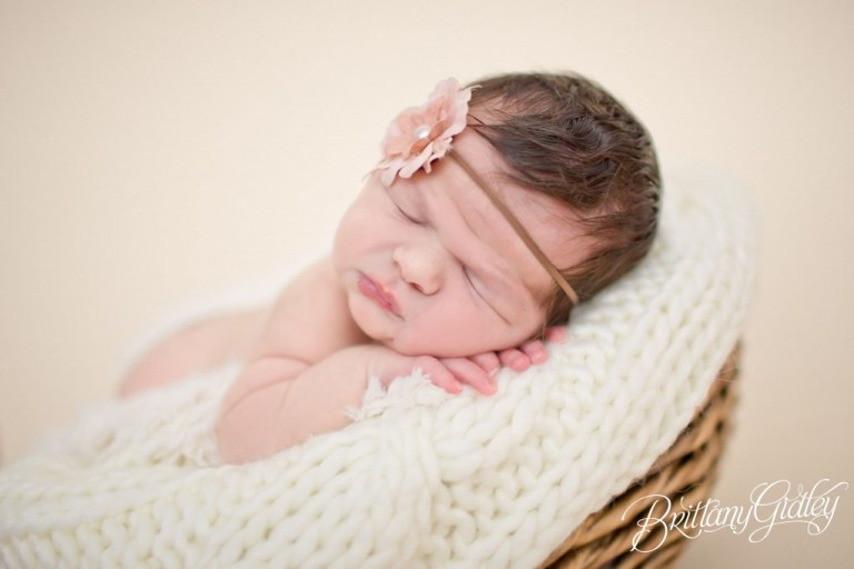 Baby Girl | Seamless | Chunk | Cream | Blush | Knits | Brittany Gidley Photography LLC | Newborn