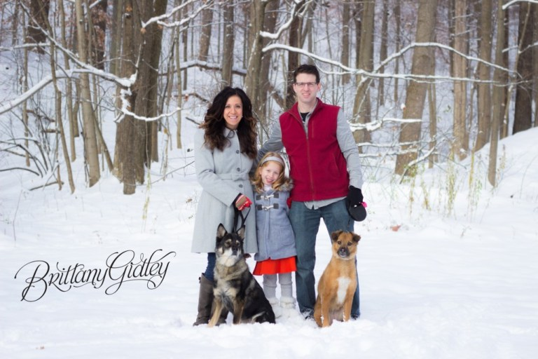 Winter Family Session | Cleveland Ohio | Snow | Family Portraits
