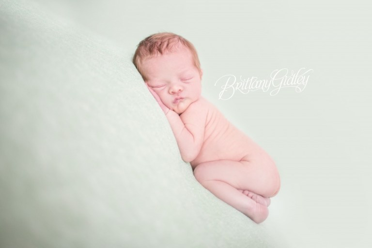 Best Cleveland Newborn Photographer | Newborn Photography | Cleveland, Ohio | Start With The Best