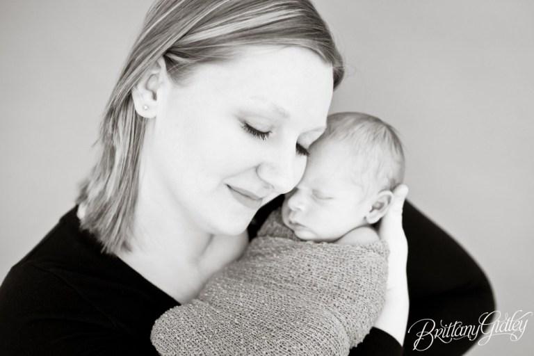 Best Cleveland Newborn Photographer | Best Cleveland Newborn Photography | Newborn Baby | Baby Boy | Cleveland Ohio
