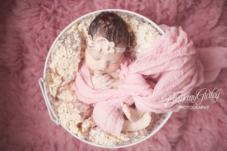 Cleveland Birth Photographer | Birth Photography | Cleveland Photographer | Pink | Baby Girl