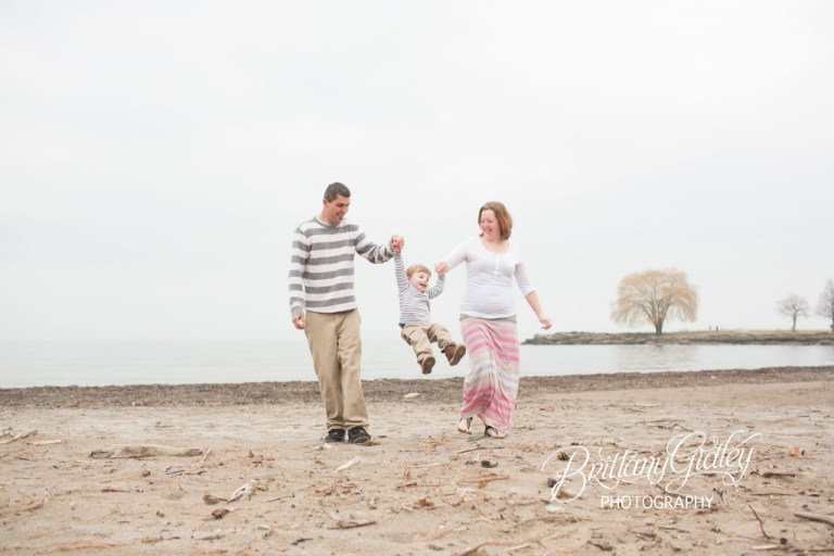 Toddler Photographer Cleveland | Cleveland Photographer | Beach Session | Family | Cleveland Toddler Photographer