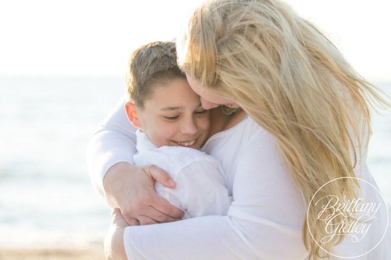 Family Photographer   Beach   Cleveland Ohio   Edgewater Beach Park   Photo Shoot Inspiration   Love