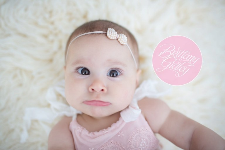 Best Family Photographer in Cleveland Ohio | Brittany Gidley | Celebrity Baby Photographer | 6 Month Baby