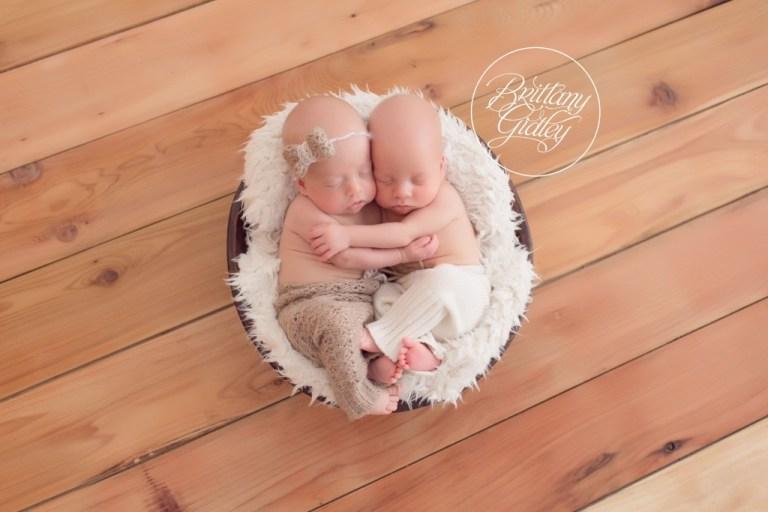 Twin Photo Shoot | Twins | Cleveland | Ohio | Newborn Photographer | Newborn Photography | Twin