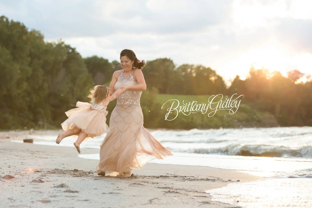 Cleveland Photographer | Dream Beach Session | Edgewater Reservation