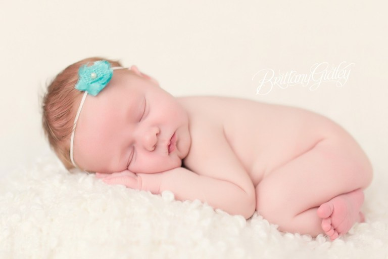 Newborn | Newborn Baby Photo Shoot | Start With The Best | Cleveland, Ohio | Brittany Gidley Photography LLC