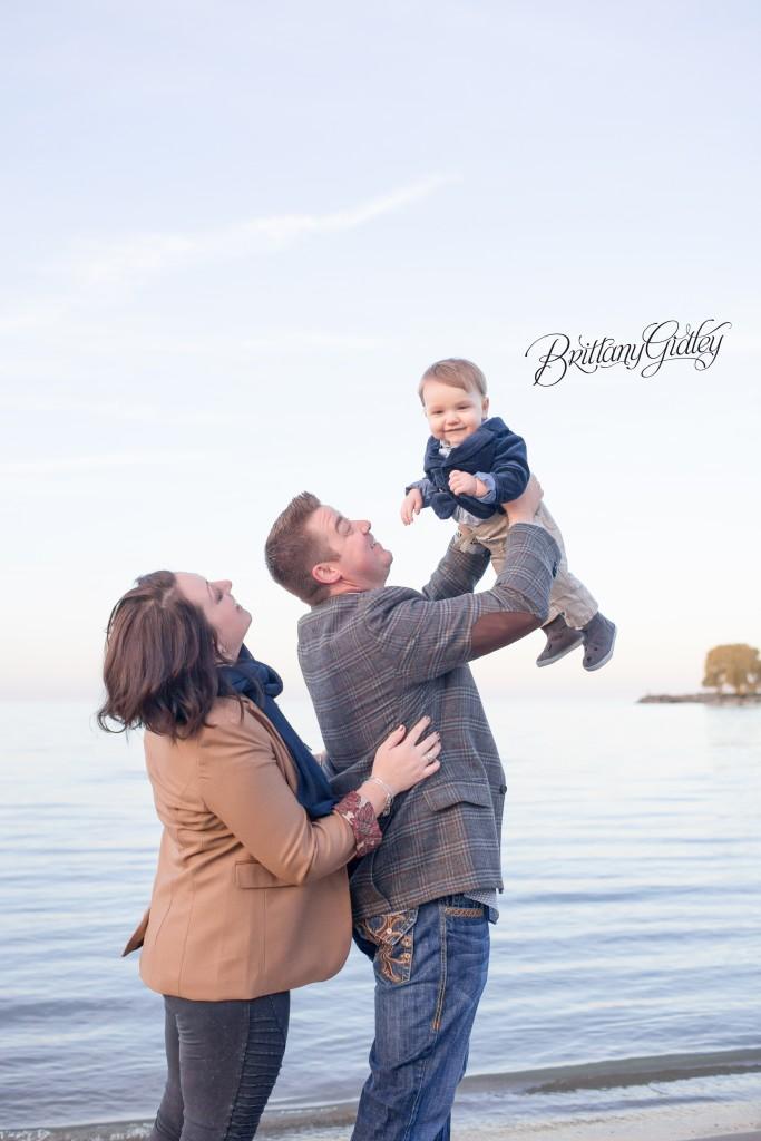 Nautical Family Photo Shoot | Beach
