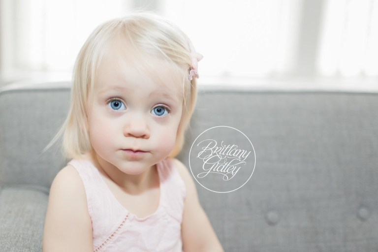 Columbus Newborn Photographer | Big Sister
