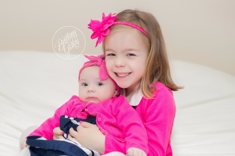 Sisters | Lifestyle Family Portraits | Chagrin Falls, Ohio