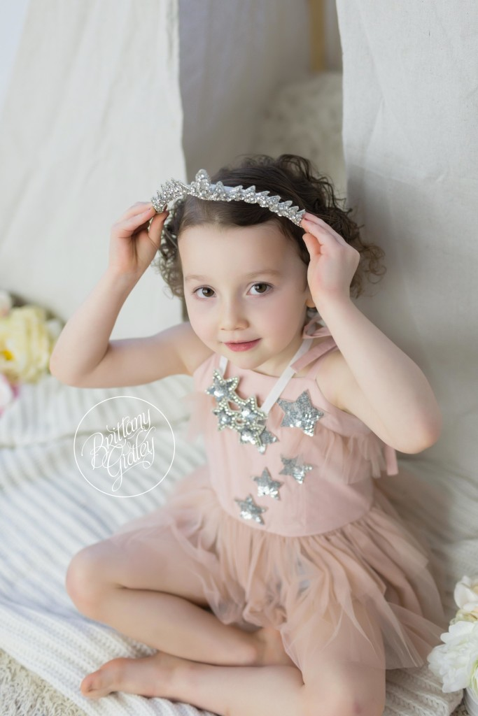 Whimsical Child Photographer | Photography Mentoring | Starry Night | Rainey's Closet | Start With The Best | Cleveland Ohio