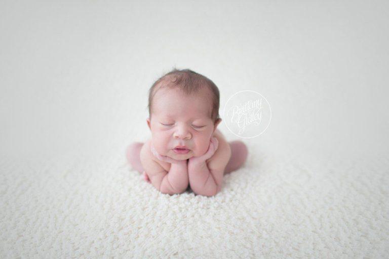 Cleveland Cavalier Baby | Cleveland Cavaliers Newborn Baby | Basketball Newborn | Cleveland Ohio | www.brittanygidleyphotography.com