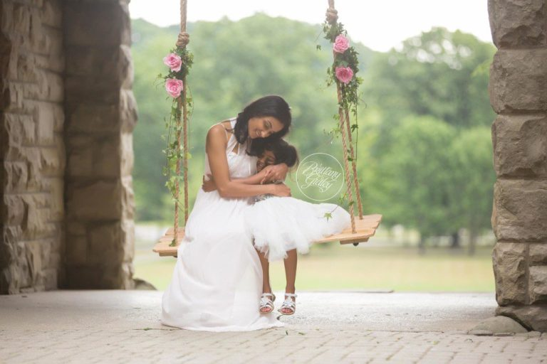 Squires Castle | Floral Swing | Magical Family Photography | Castle | Cleveland Ohio | www.brittanygidleyphotography.com