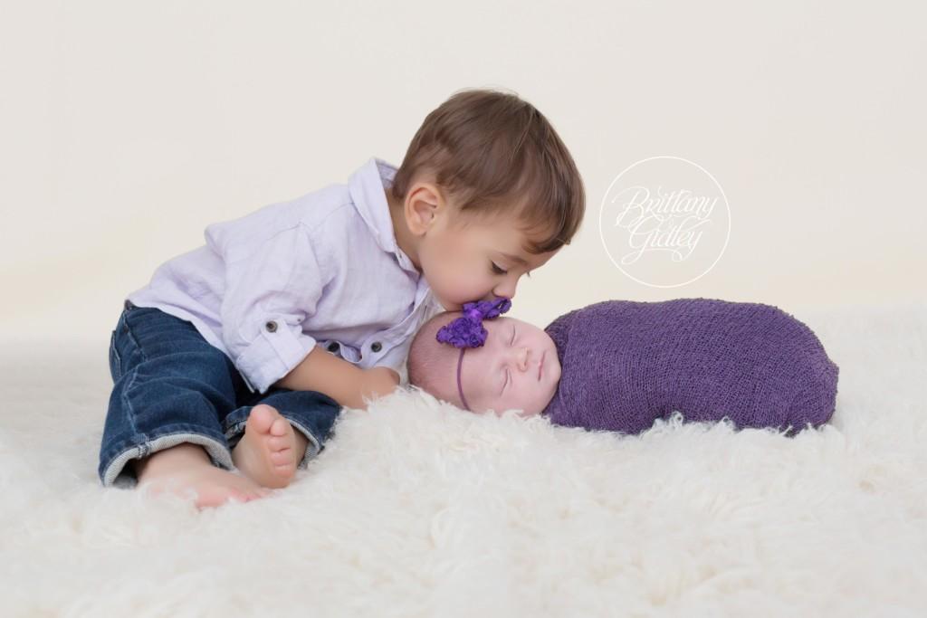 Newborn Family Photo Shoot | Introducing Genivieve