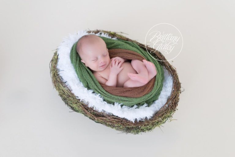 Ohio Newborn Photographer | Newborn Photography | Cleveland Ohio | Preemie Photographer