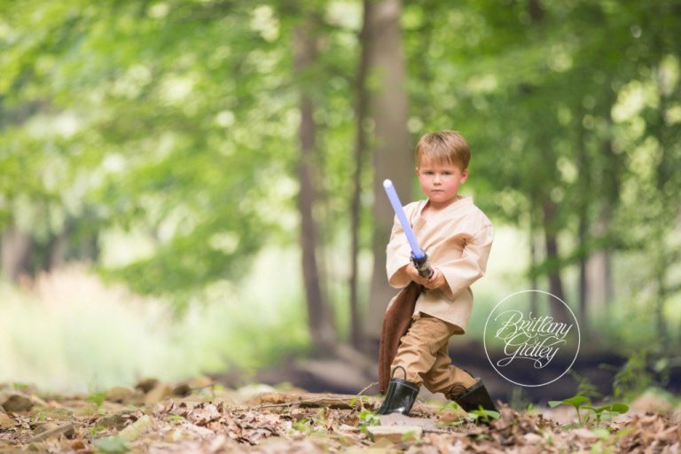 Star Wars | Jedi | Child Photographer | Best Children Photography | May the Force Be With You | www.brittanygidleyphotography.com