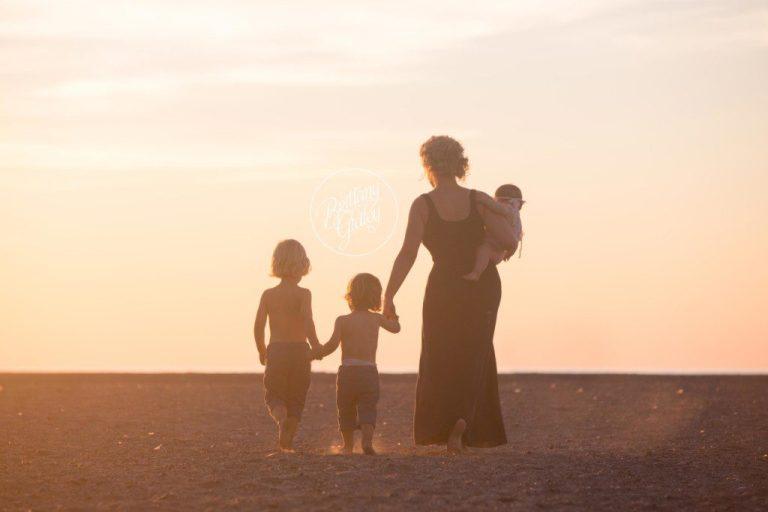 Beach Photographer   Siblings   Baby 6 Months   Mentor Headlands Beach