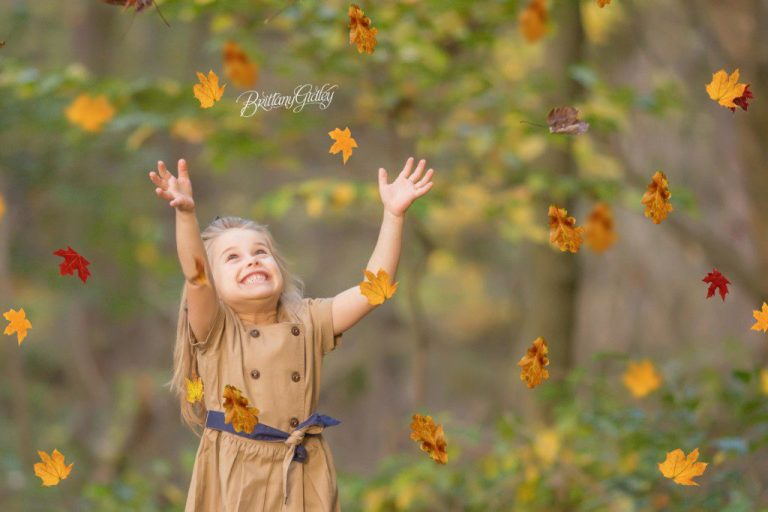 Fall Child Photographer | Cleveland Ohio | Cuyahoga Valley National Park | Fall Leaves