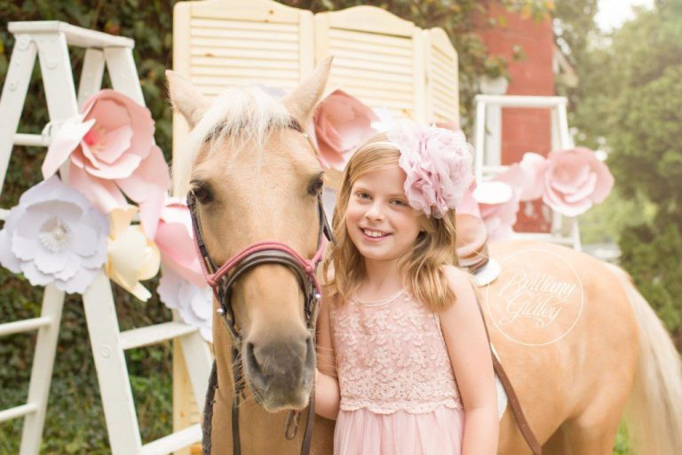 Pony Farm Photo Shoot | Paper Flowers | Ponies | Equine Photography | Cleveland | Start With The Best | Dream Session