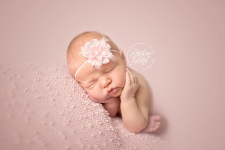 Cleveland newborn photographer newborn photography newborn baby girl