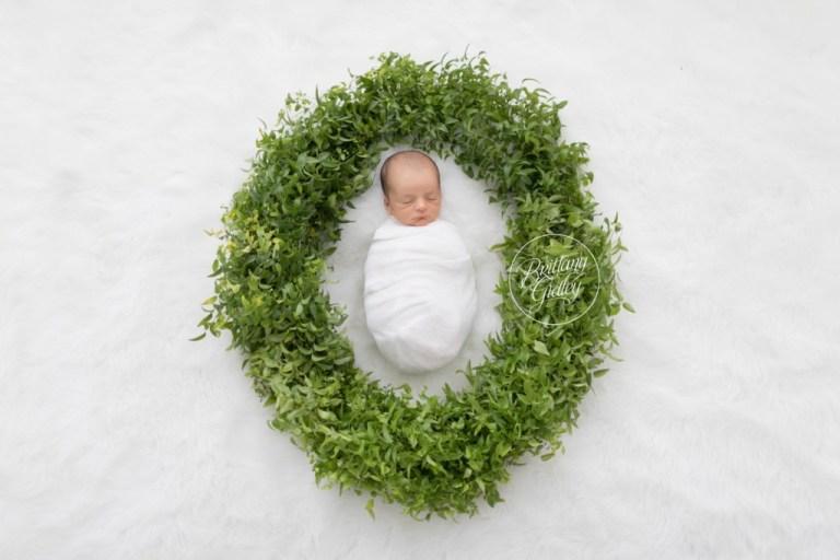 Newborn Photographer | Baby Brother | Newborn Photography Greenery | Child Photographer