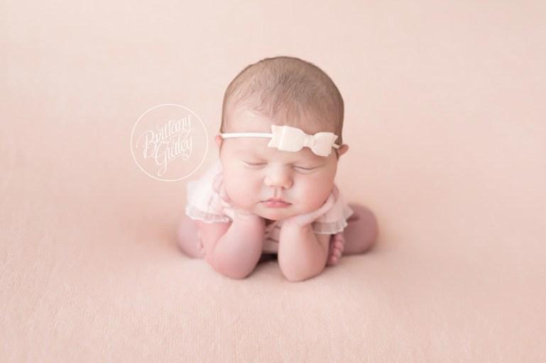 Blush Pink Newborn Portraits| www.brittanygidley.com
