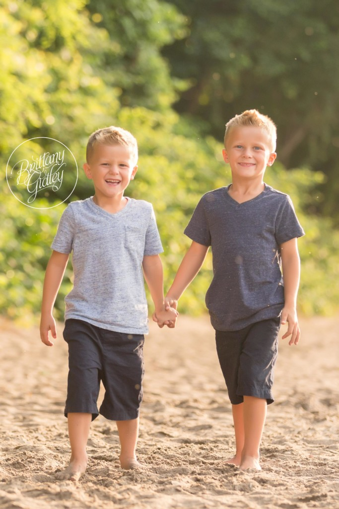 Cleveland Beach Photographer | The Junker Family