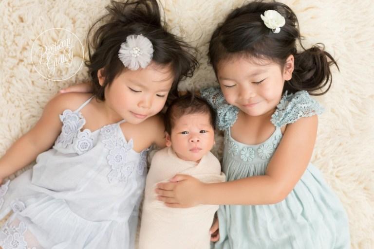 Cleveland Baby Photographer | Newborn Posing | Big Sister Newborn Boy Photos