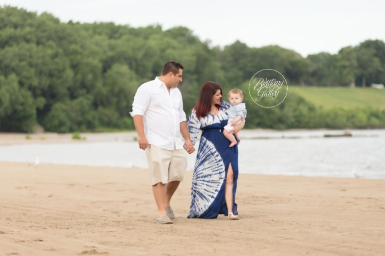 Baby Photography | Cleveland Baby Photographer | Edgewater Beach | Start With The Best | Brittany Gidley Photography